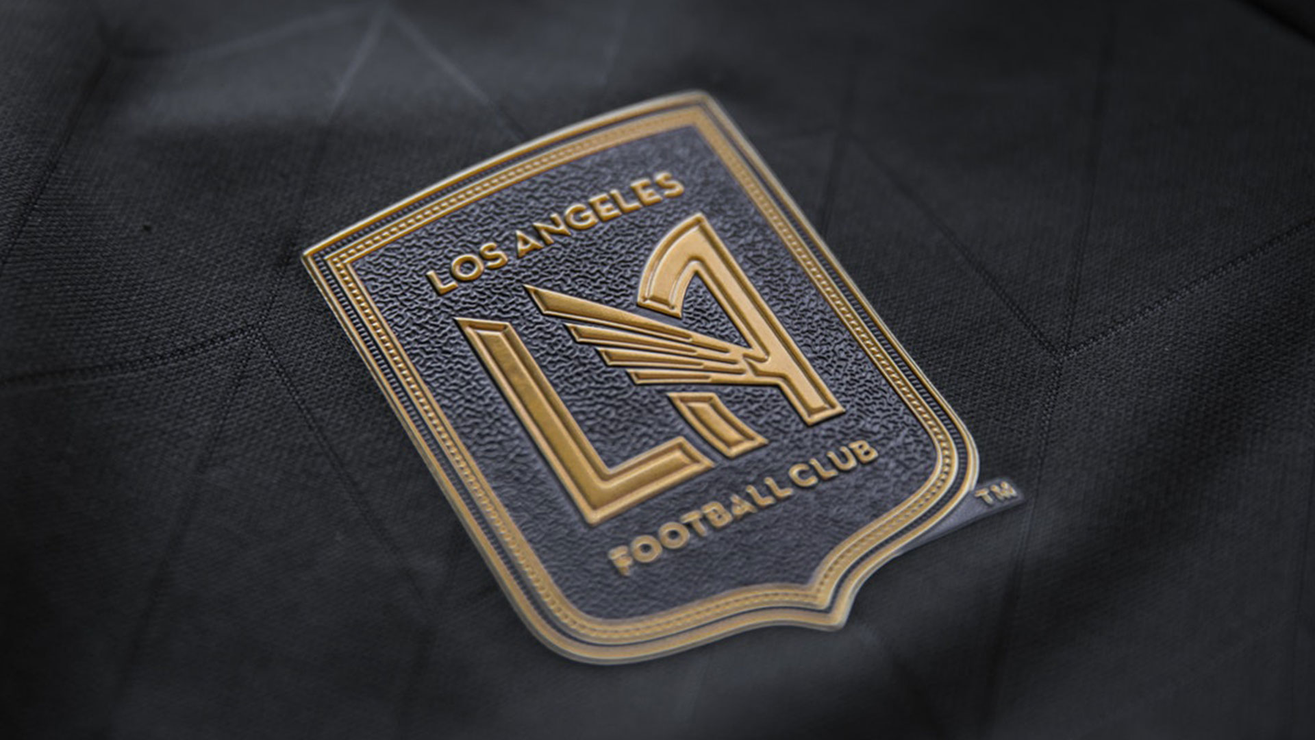 LAFC MATTHEW WOLFF KIT DESIGN HOME JERSEY 2017-18 ADIDAS INAUGURAL SEASON SHOULDER TO SHOULDER