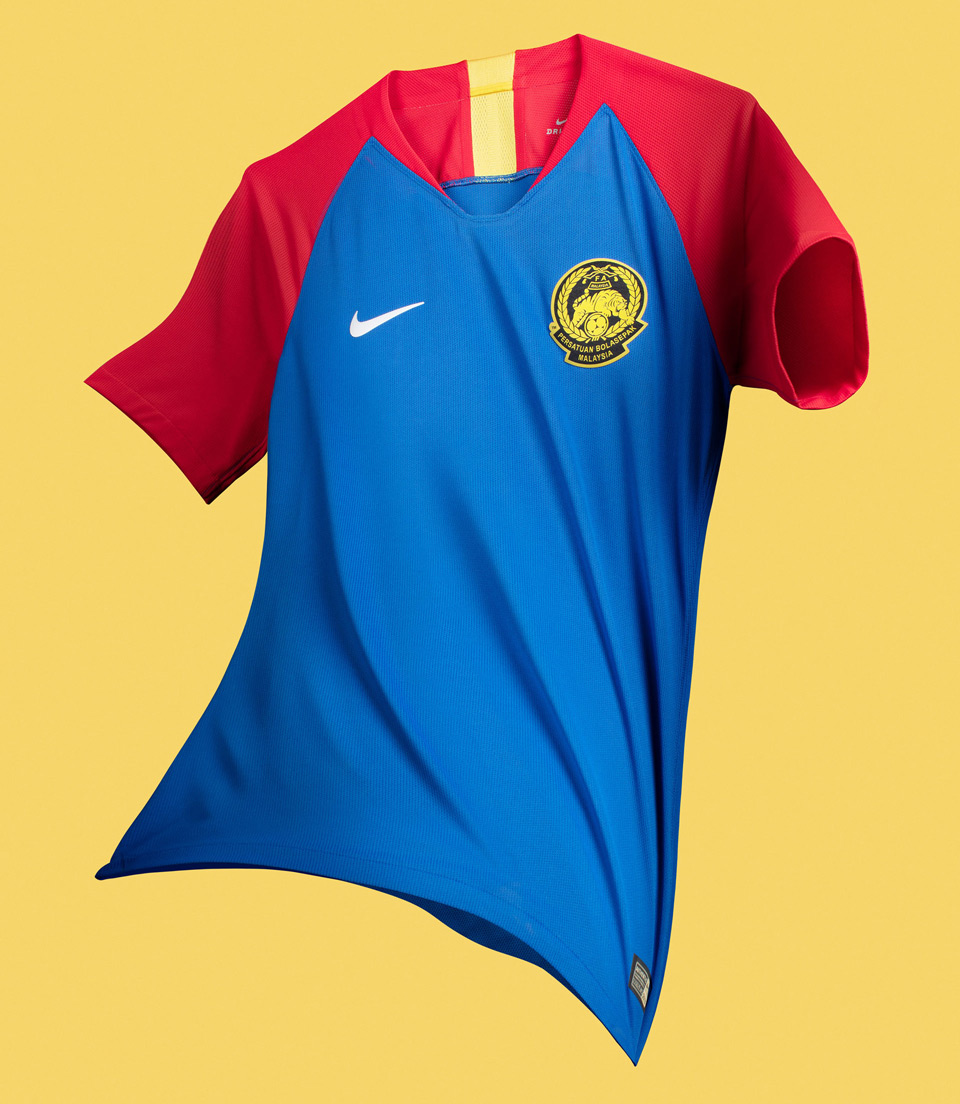Malaysia Tigers Football Jersey Uniform Kit Nike Football Matthew Wolff Design